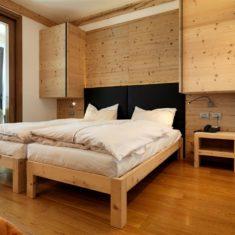 Camera da letto con vista panoramica - Agriturismo biologico bergamo Polisena