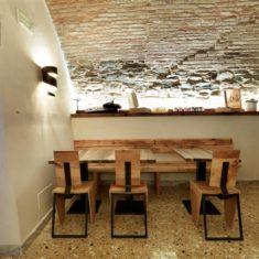 Tavolo in Stube, sala degustazioni - Agriturismo biologico Polisena